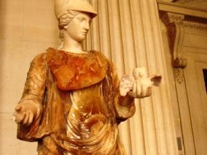 Minerva-Atenea y La Lechuza (escultura)